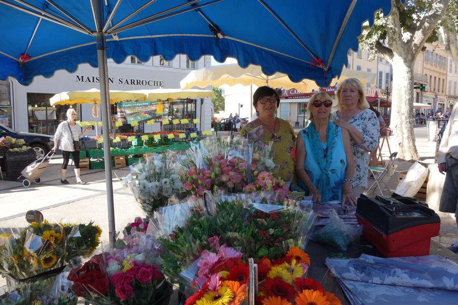Le marché paysan du centre-ville à Hyères - 3