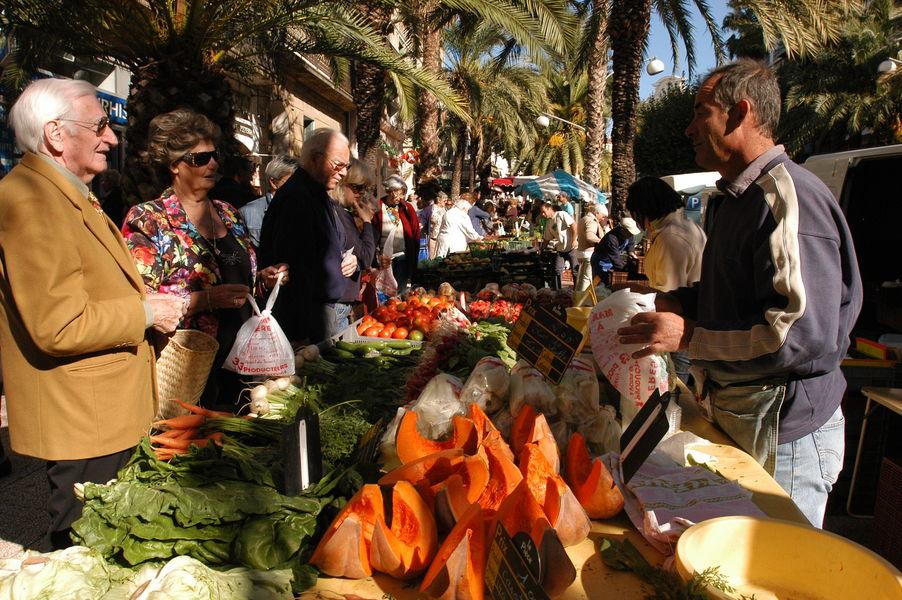 Le grand marché des îles d'or à Hyères - 0