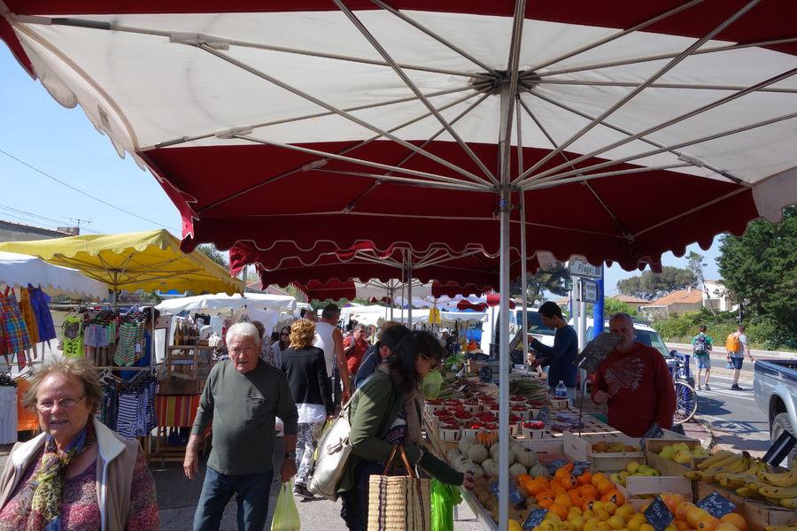 Le marché de l'Ayguade à Hyères - 1