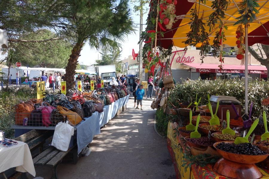Le marché de l'Ayguade à Hyères - 13