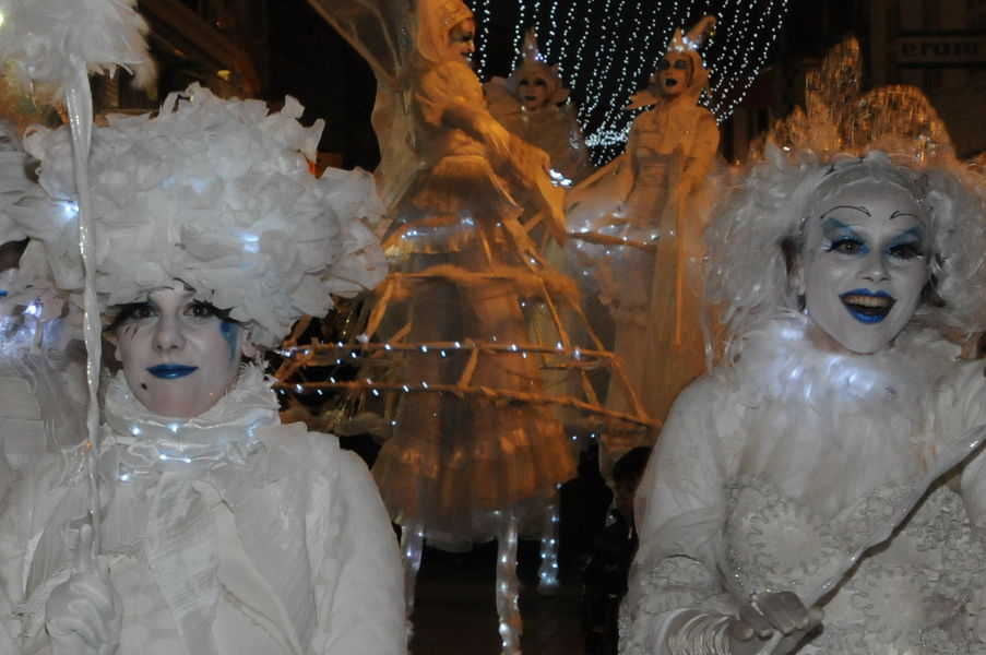 Grande parade et arrivée du Père Noël à Hyères - 1