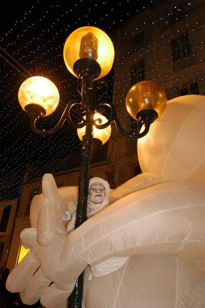 Grande parade et arrivée du Père Noël à Hyères - 3