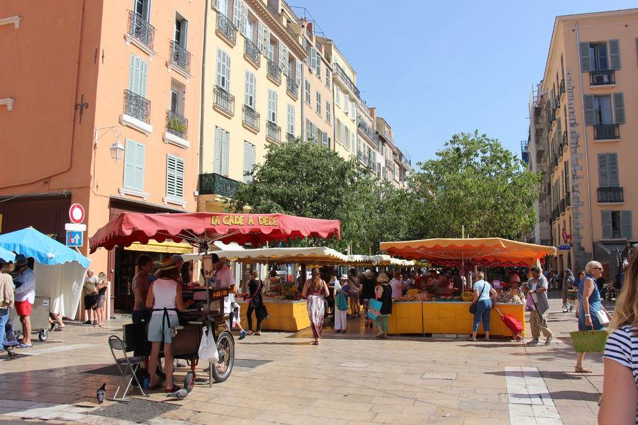 Marché de Provence du cours Lafayette à Toulon - 0