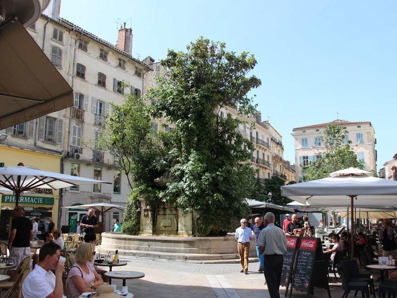 Duel de railles – Visite guidée à Toulon - 0