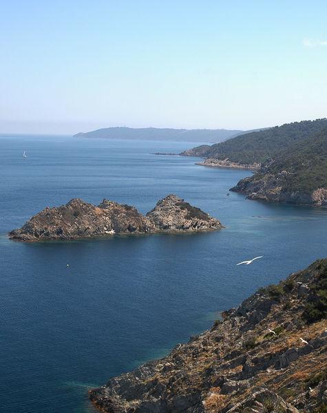 Port Cros, perle des îles d'or à Hyères - 2