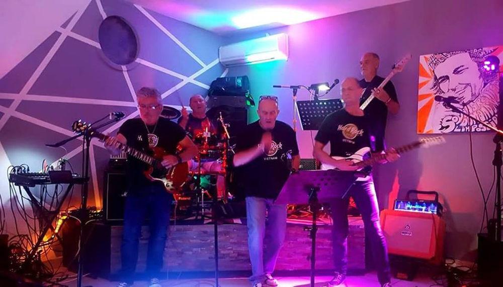 Soirée St Patrick par le groupe de rock «The Blazes» à La Seyne-sur-Mer - 0