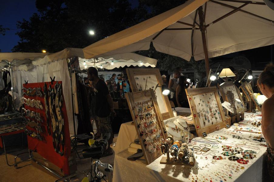 Nuitées artisanales de l'Ayguade à Hyères - 0