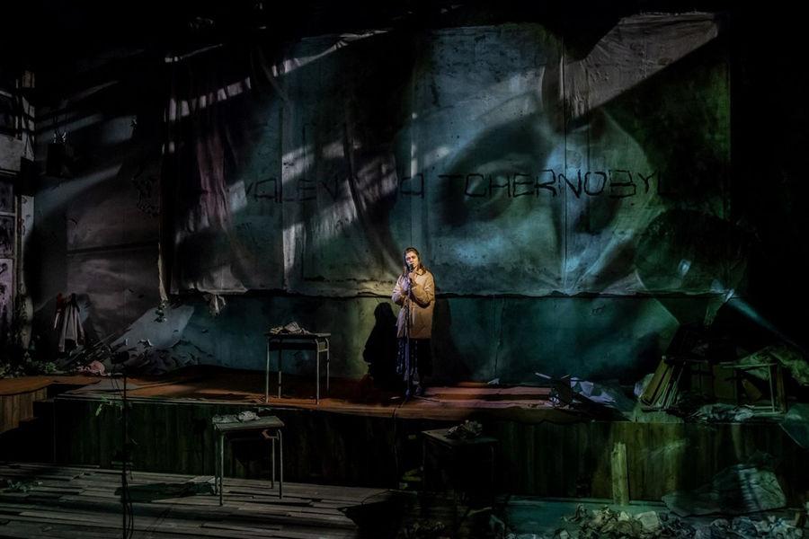 Théâtre «La Fin de l'homme rouge» à Ollioules - 1