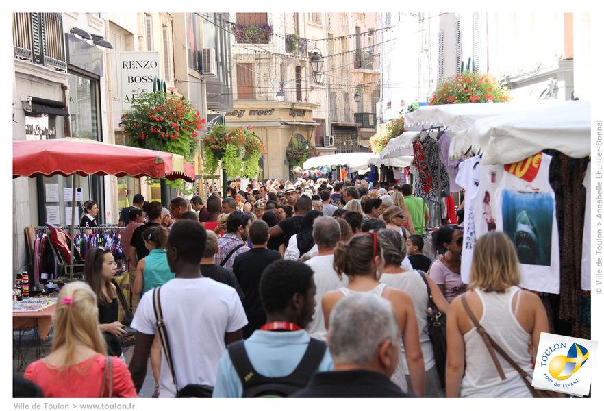 Braderie d'été du centre-ville à Toulon - 2