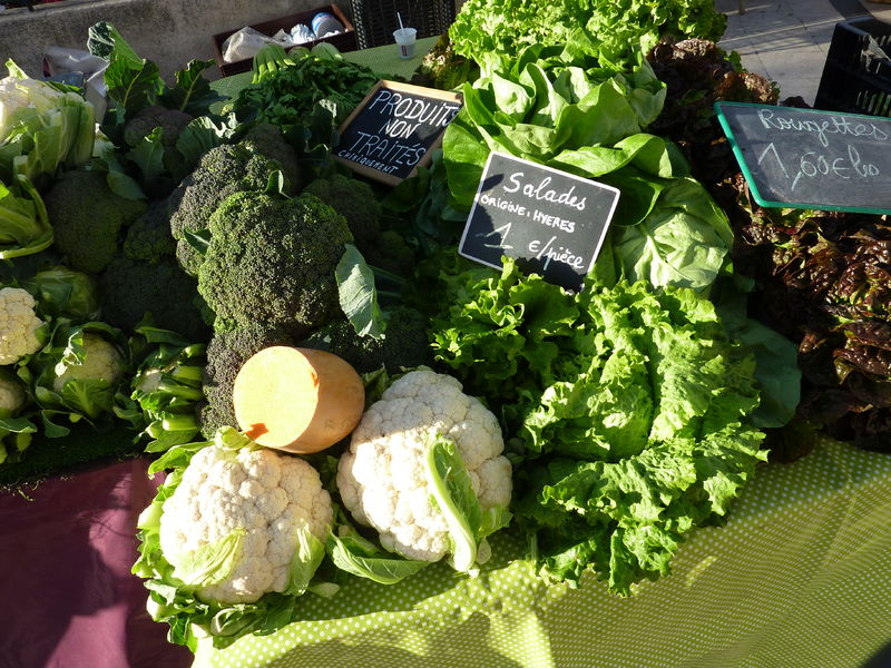 Le petit marché de la Moutonne du samedi matin à La Crau - 17