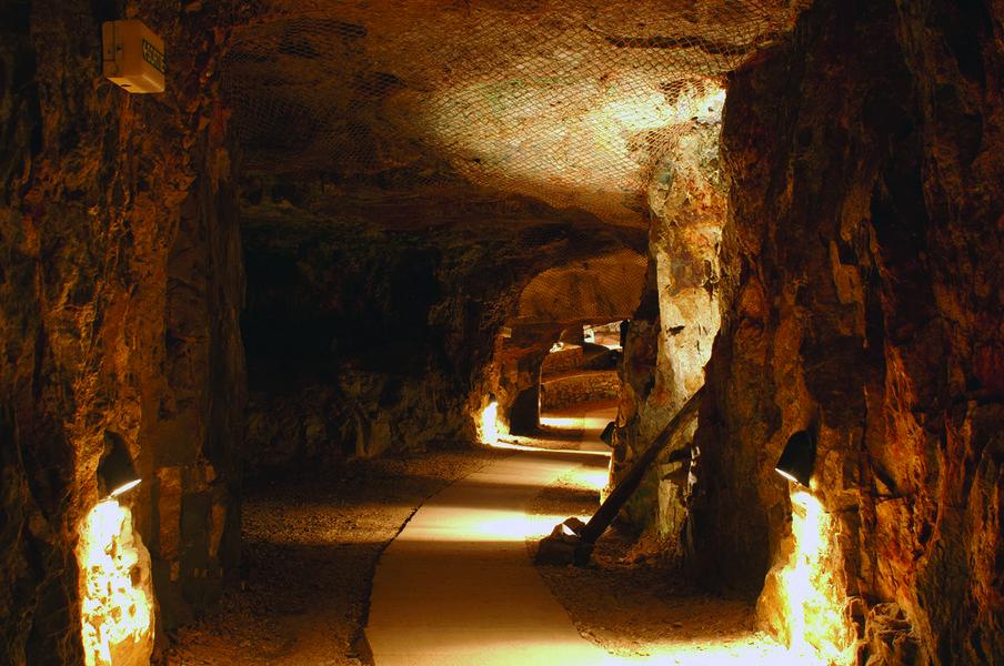 Visite du musée de la mine de Cap Garonne à Le Pradet - 0