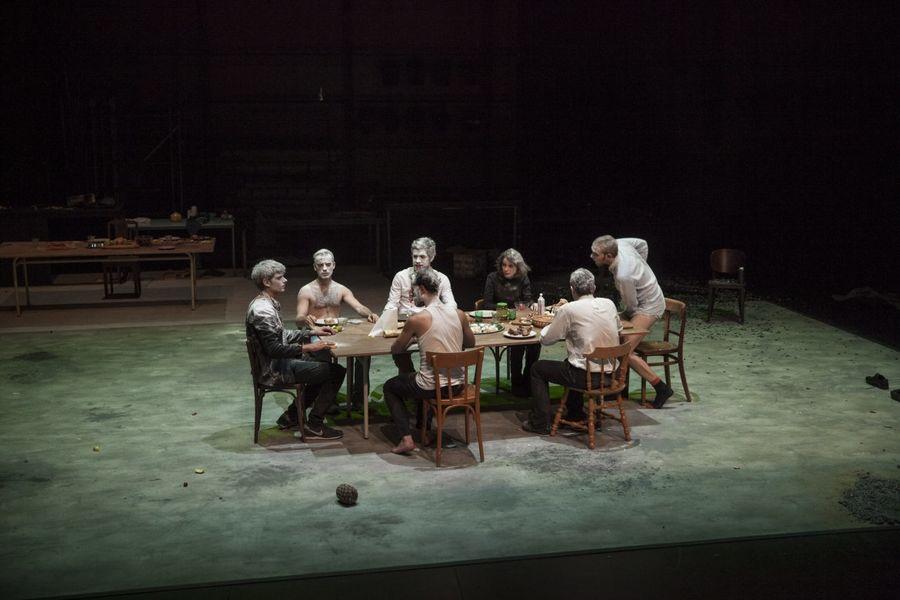 Théâtre «Un homme qui fume c'est plus sain» à Ollioules - 1
