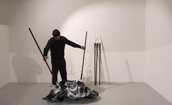 Artistes à découvrir / Florian Sông Nguyen « Tuer nos monstres » à Toulon - 0