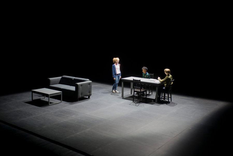 Création théâtrale «Contes et légendes» de Joël Pommerat à Ollioules - 1