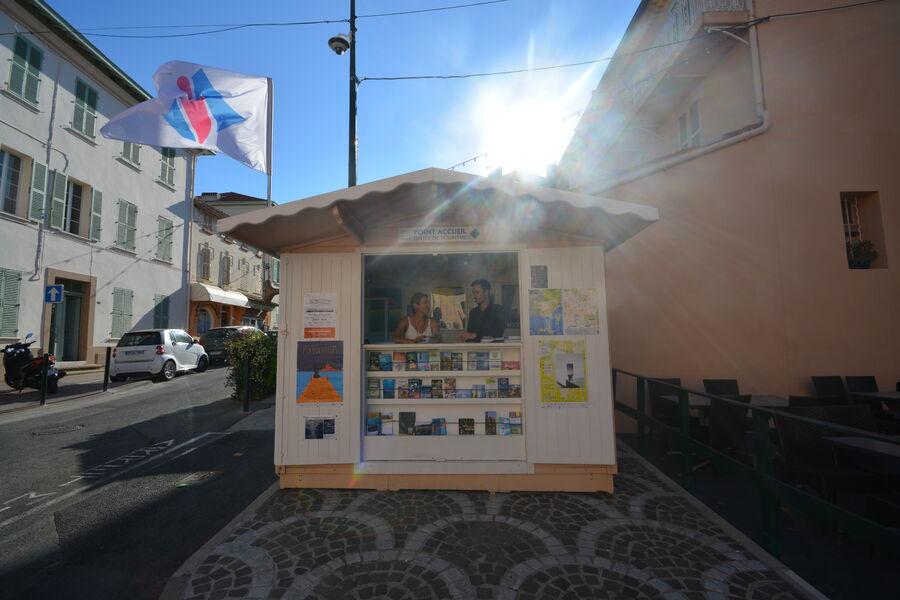 Kiosque estival de Giens à Hyères - 0