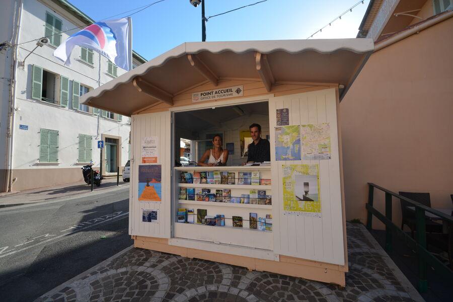 Kiosque estival de Giens à Hyères - 1