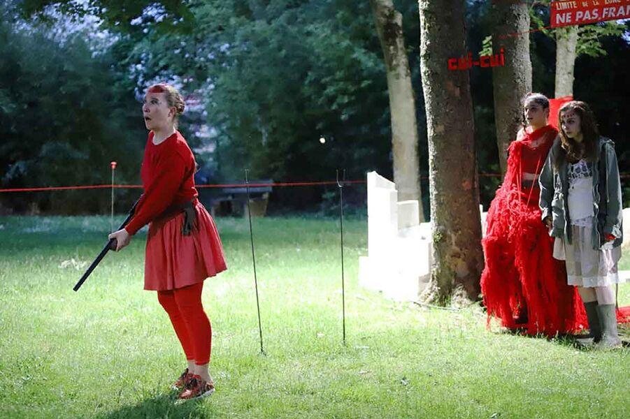 Théâtre «J'ai peur quand la nuit sombre» mise en scène Edith Amsellem à Ollioules - 2