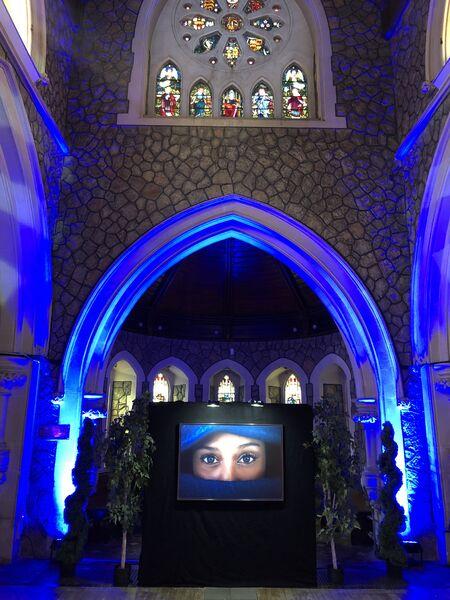 Exposition photo «Hyères en bleu» à l'église Anglicane à Hyères - 3
