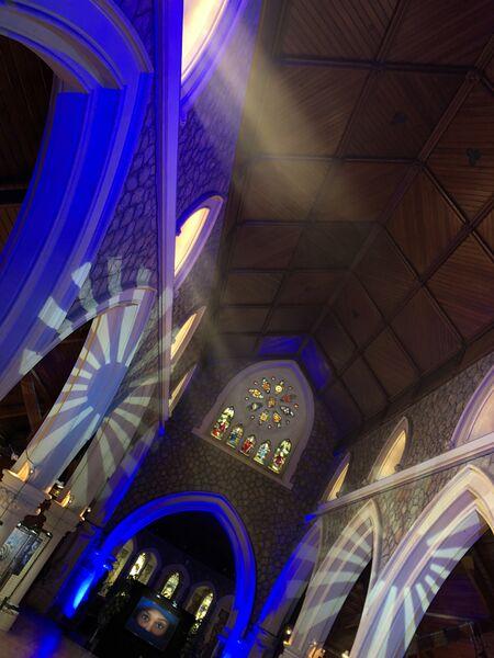 Exposition photo «Hyères en bleu» à l'église Anglicane à Hyères - 5