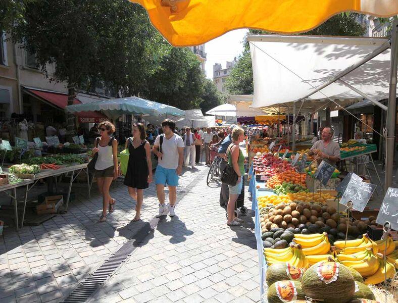 Marché des Producteurs de Pays à Toulon - 0