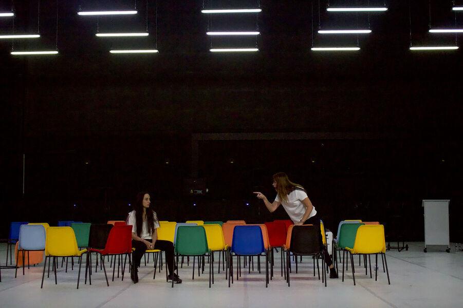 Théâtre «Soeurs» (Marina & Audrey) de Pascal Rambert à Ollioules - 1