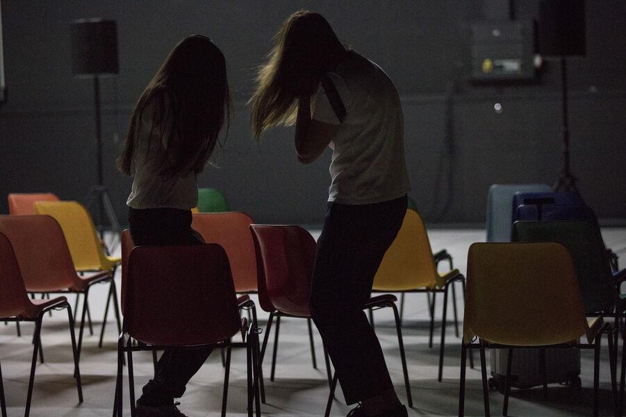 Théâtre «Soeurs» (Marina & Audrey) de Pascal Rambert à Ollioules - 2