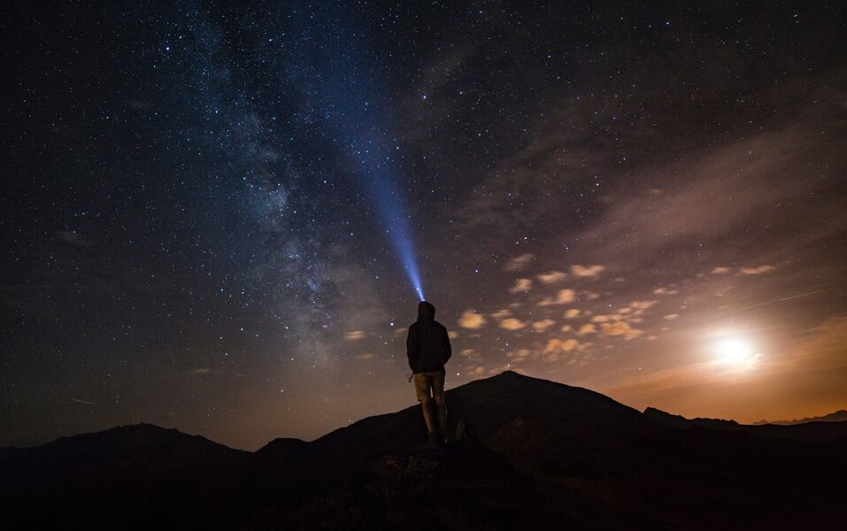 Ronde de nuit sous les étoiles (visite guidée) à Hyères - 1